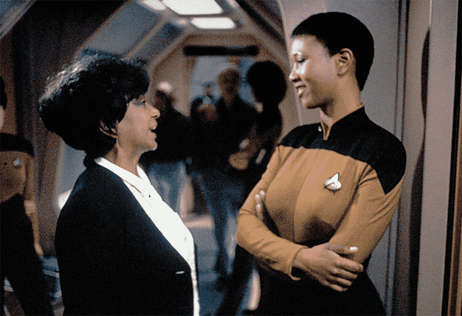 Dr. Mae Jemison in Star Trek episode picture Lt. Ohura